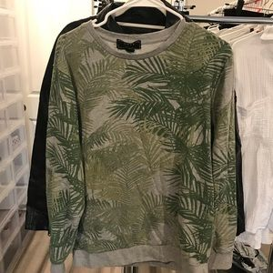 Forever 21 men palm print crew neck Sz large men
